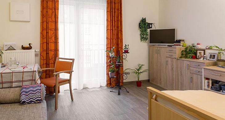Liebfrauenhaus_Zimmer.jpg