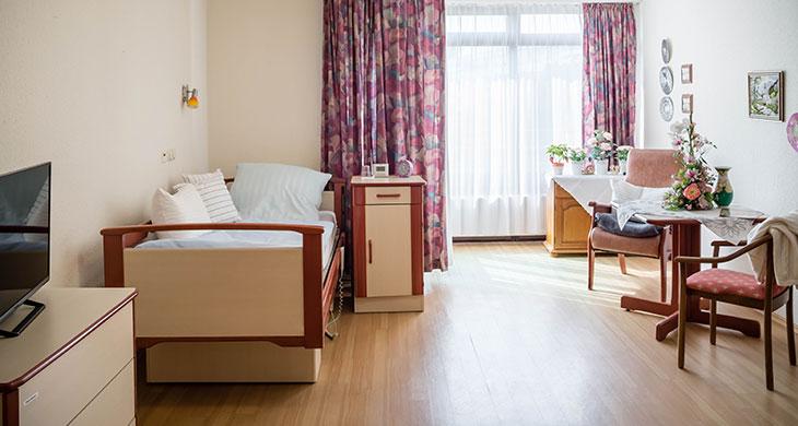 Essen_Zimmer_1.jpg