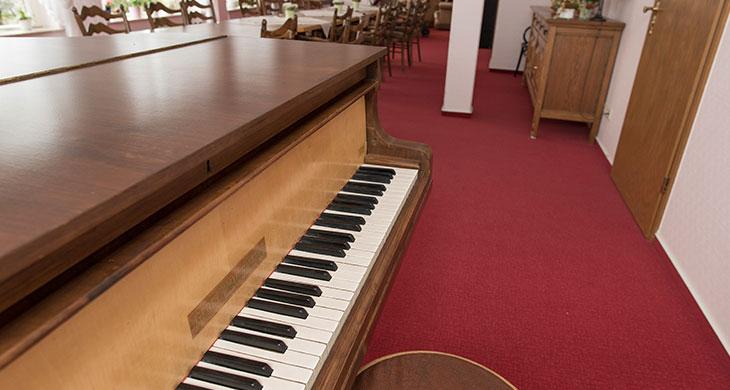 Haus_Ottersberg_Klavier.jpg
